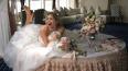 Вера Брежнева надела свадебное платье и развалилась ...