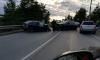 Столкнувшиеся на мосту автомобили перекрыли въезд в Выборг