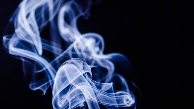 Эксперт прокомментировал законопроект об ограничении ввоза табачной продукции в Россию и других стран