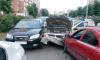В Лыжном переулке водитель помял три автомобиля, пытаясь припарковаться