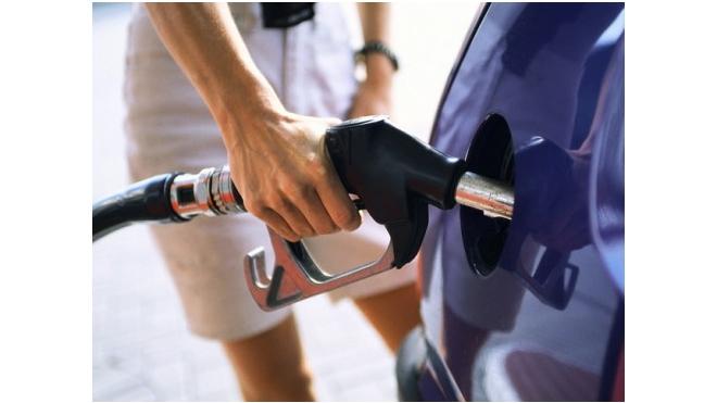 В Новосибирске резко подскочила цена бензина