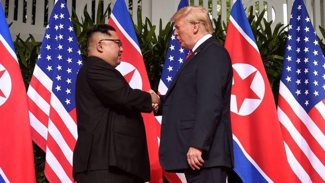 Трамп и Ким Чен Ын обсудили вопрос ядерного оружия