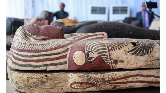 Министерство древностей Египта представило уникальное археологическое открытие – 59 нетронутых мумий
