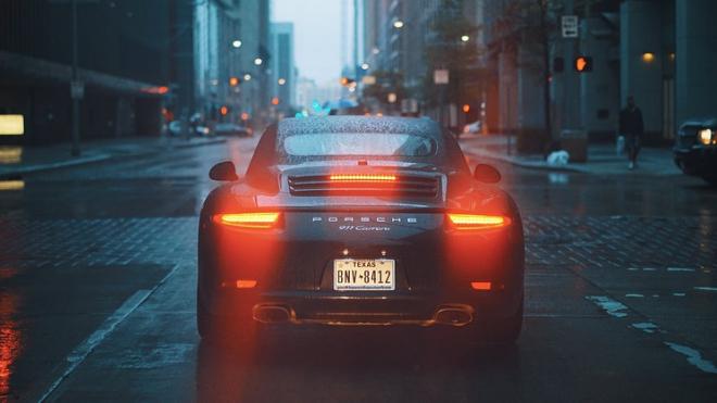 Петербургские угонщики оставили безработного москвича без Porsche Macan