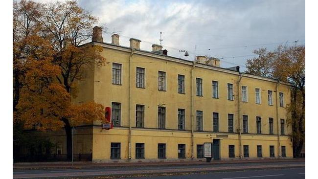 Здание бывших казарм Измайловского полка проданы на торгах в Петербурге