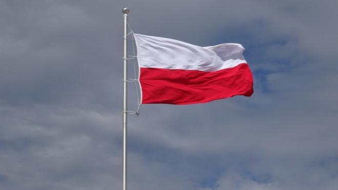 В Польше введут новые ограничения из-за ухудшения ситуации с COVID-19