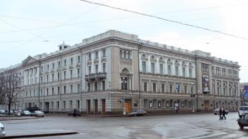 На реконструкцию здания консерватории Римского-Корсакова ...