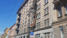 На Кирочной обрушились четыре балкона жилого дома