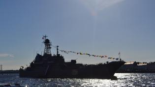 Смольный обсудил с Шойгу строительство кластера ВМФ в Кронштадте