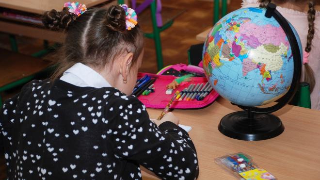 В Петербурге летние каникулы могут начаться 1 мая