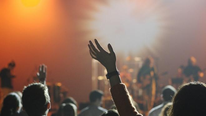 Из-за пандемии в Петербурге отменились более 700 концертов