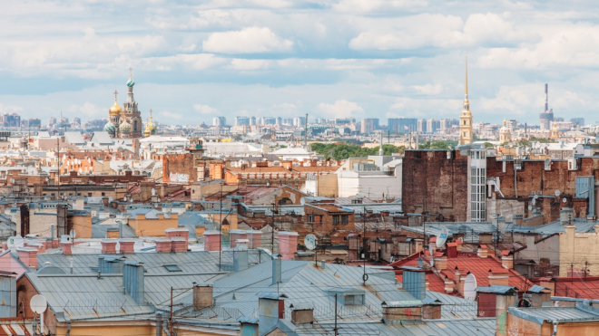 За текущий год в Петербурге отремонтировали 145 крыш