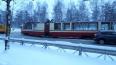 Сошедший с рельсов трамвай задел Toyota в Калининском ...