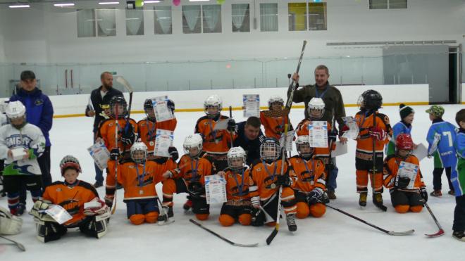 Хоккеисты из Выборга завоевали серебро на турнире в Кингисеппе