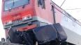В Кемеровской области поезд протаранил легковушку ...