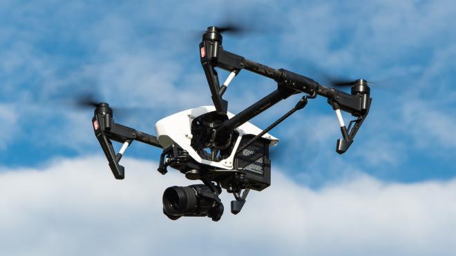 Полицейские потеряли дорогой дрон во время слежки за участниками митинга