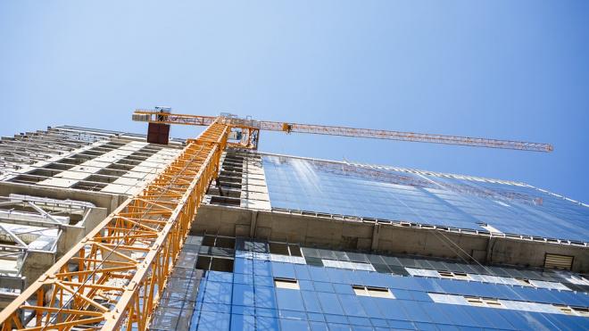 Власти Петербургапродлили реновацию ветхого жилья