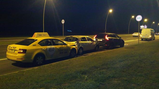 В массовом ДТП у Пулково пострадала девушка