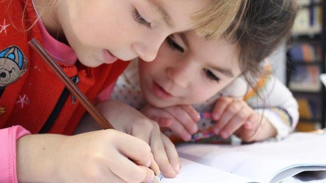 Правительство одобрило выплаты на детей от трех до семи лет