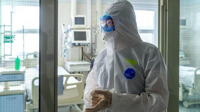 В России коронавирусом за сутки заболело 24 тысячи 326 человек