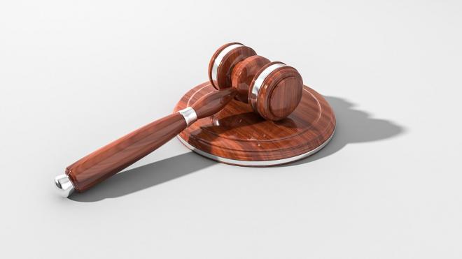 Экс-секретаря петербургского суда задержали в Сочи по уголовному делу