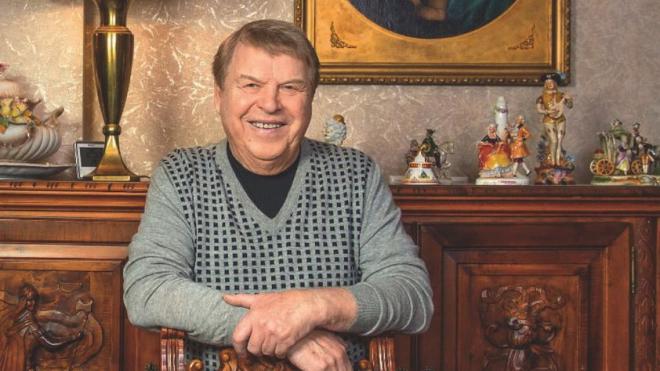 Михаила Кокшенова госпитализировали с подозрением на инсульт