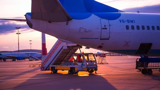 """На авиакомпанию """"Победа"""" заявили в прокуратуру из‑за рассадки матери и сына с аутизмом"""