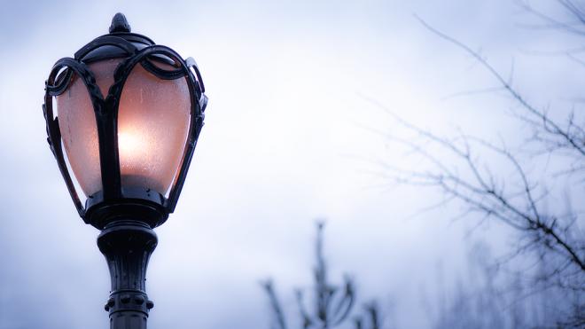 В Выборге ввели летний режим работы уличного освещения