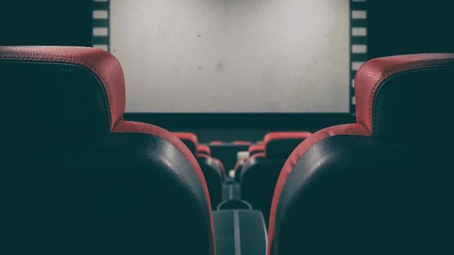В Петербурге кинотеатры приостанавливают работу из-за коронавируса