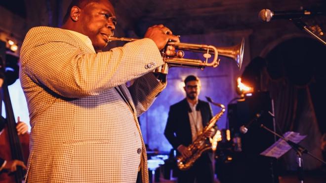 Мужской джаз и театр: четвёртый фестиваль JAZZMAN синтезирует разные виды искусства