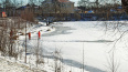 Лыжник провалился под лёд на Орловском пруду и самостоят...