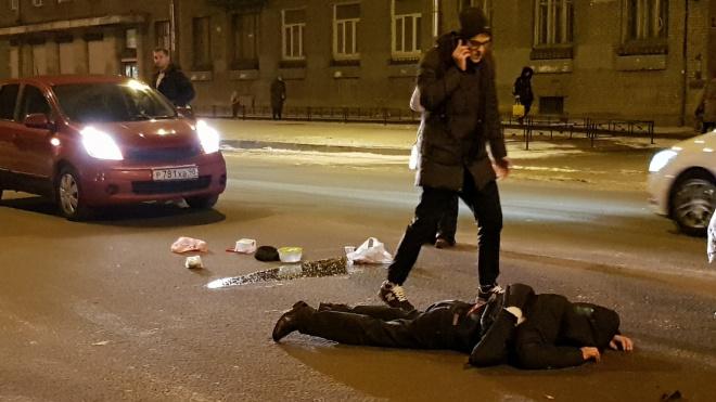 В Кировском районесбили пьяного молодого человека