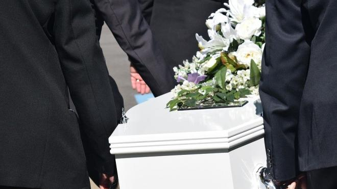 Во сколько обойдется петербуржцам бюджетный гроб для умерших с коронавирусом