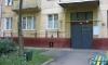 У парадной дома на Есенина зарезали мужчину
