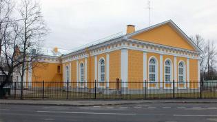 КГИОП: Манеж лейб-гвардии Волынского полка в Ломоносове стал памятником