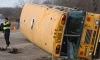 В Британии школьный автобус столкнулся с грузовиком