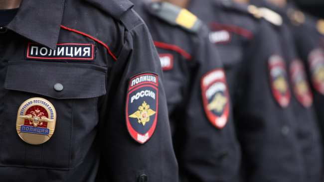 Комитет Госдумы повысил предельный возраст службы полицейских на 5 лет