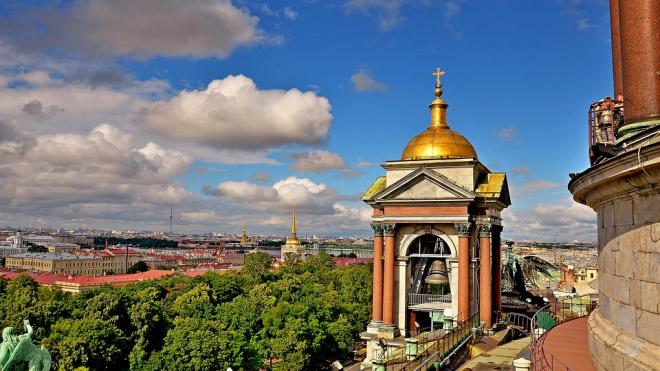 Неделя в Петербурге начнется с кратковременных дождей