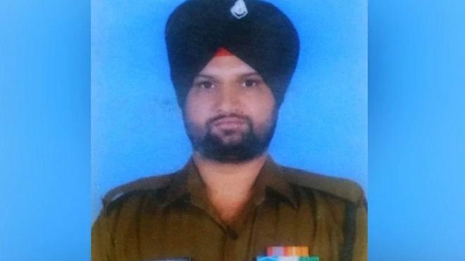 Военнослужащий Индии погиб при обстреле на линии контроля в Кашмире