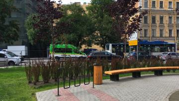 По инициативе петербурженки открылся сквер на Мытнинской улице