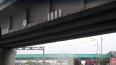 Экскаватор повредил железнодорожный мост на Пулковском ...