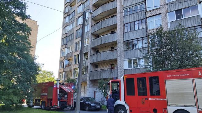 В Петербурге на Товарищеском проспекте ликвидирован пожар