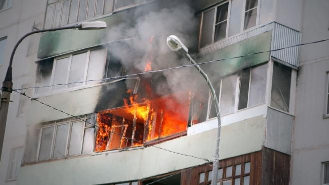 Ночью из-за пожара в квартире на Капитанской были эвакуированы 20 человек, 8 из которых - дети