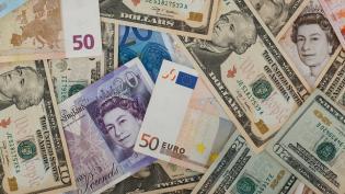 Россиянам рассказали, какую валюту лучше покупать