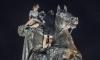 Шашлык на Петре Первом: вандалами, которые жарили мясо прямо на памятнике оказались скейтеры