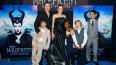 Анджелина Джоли получила удар в спину от Брэда Питта: ...