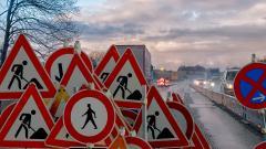 Сразу на нескольких улицах Петербурга ограничат движение с 10 мая