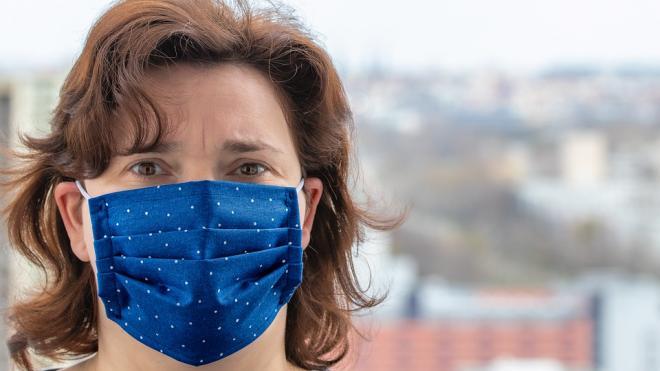 В Петербурге зафиксировали рекордно низкое число смертей от коронавируса за сутки
