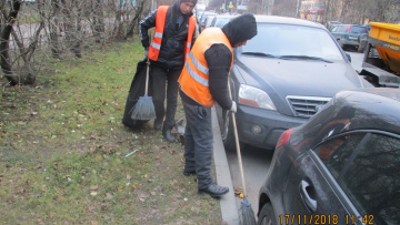 Петербург за неделю очистили от 3,2 тонн мусора и грязи