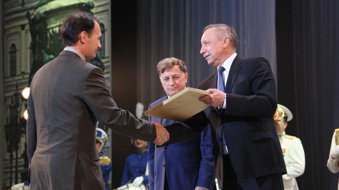 Александр Беглов поздравил судостроителей с профессиональным праздником